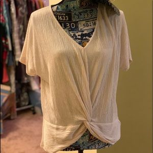 Olive and oak NWT knotted top size small